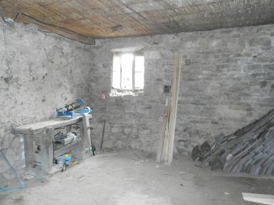 Vente MONTAIGU (39570), maison de village en pierre 127 m², jardin non attenant 522 m², ATELIER