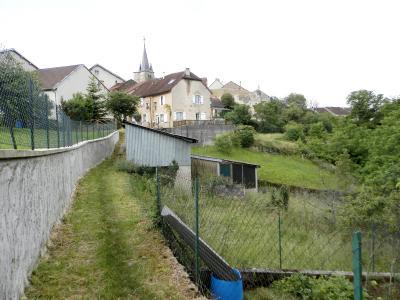 Vente MONTAIGU (39570), maison de village en pierre 127 m², jardin non attenant 522 m², ACCES JARDIN