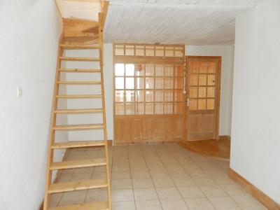 Vente MONTAIGU (39570), maison de village en pierre 127 m², jardin non attenant 522 m², PIECE DE VIE 38 m²