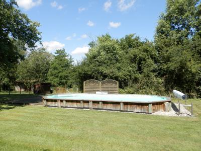 Vente MERVANS (71), ferme rénovée 138 m² + dépendances, terrain 22399 m², située au calme, TERRAIN AVEC PISCINE
