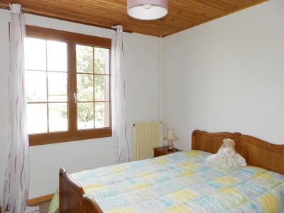 BELLEVESVRE (71), à vendre maison plain-pied 136 m², cinq chambres, deux garages, terrain 14800 m²., CHAMBRE 10 m²