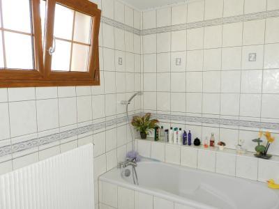 BELLEVESVRE (71), à vendre maison plain-pied 136 m², cinq chambres, deux garages, terrain 14800 m²., SALLE DE BAINS 7 m²