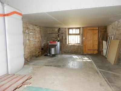 Secteur DOMBLANS (39210), à vendre maison en pierre 70 m² environ, dépendances, terrain 583 m²., ATELIER 29 m²