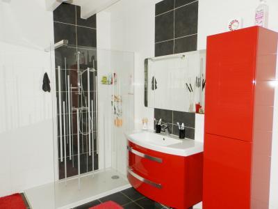 Proche BLETTERANS (39), à vendre maison rénovée 176 m², quatre chambres, terrain 2183 m²., SALLE D