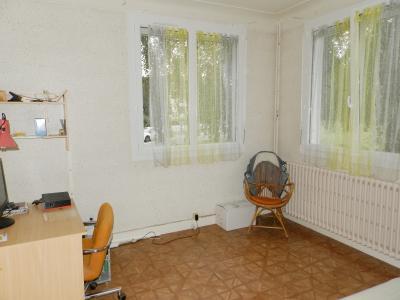 CHAUMERGY (39), à vendre maison familiale 145 m², cinq chambres, terrain 903 m²., CHAMBRE REZ 11.30 m²