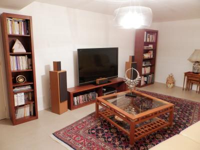 LONS LE SAUNIER (39), RARE, à vendre  Maison d