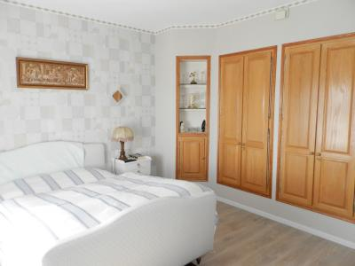Proche ORGELET (39), à vendre maison 176 m² sur terrain 4000 m² environ avec vue, SUITE PARENTALE 14.50 m²