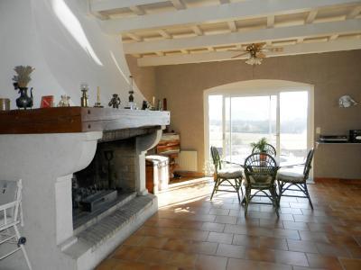 LONS-le-Saunier (Sud), à vendre maison 176 m² sur terrain 4000 m² environ avec vue, PIECE DE VIE 69 m²