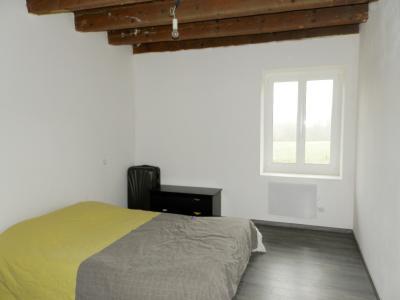 BELLEVESVRE (71), à vendre maison rénovée 143 m², dépendances, terrain environ 1.5 hectare., CHAMBRE RDC 13 m²