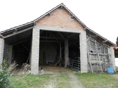 BELLEVESVRE (71), à vendre maison rénovée 143 m², dépendances, terrain environ 1.5 hectare., DEPENDANCES