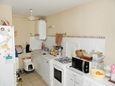 BLETTERANS (39140), SPECIAL INVESTISSEURS, à vendre appartement loué T4 duplex de 80 m²., CUISINE