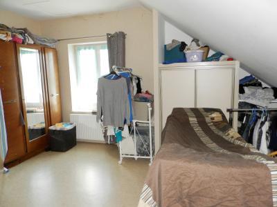 BLETTERANS (39140), SPECIAL INVESTISSEURS, à vendre appartement loué T4 duplex de 80 m²., CHAMBRE