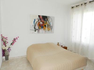 LOUHANS (71), à vendre maison 210 m² environ, six chambres, terrain 1276 m²., CHAMBRE 15.80 m²