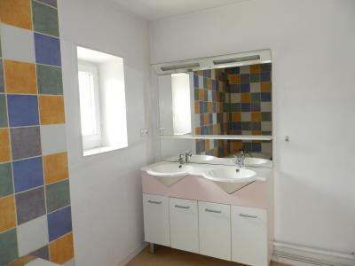 Vente SELLIERES (39), maison en pierre 134 m², terrain environ 500 m², SALLE DE BAINS