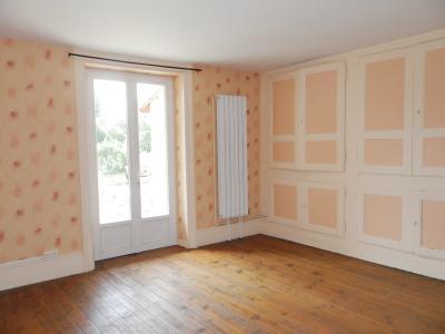 Vente SELLIERES (39), maison en pierre 134 m², terrain environ 500 m², SEJOUR 20 m²