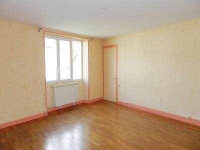 Vente SELLIERES (39), maison en pierre 134 m², terrain environ 500 m², CHAMBRE