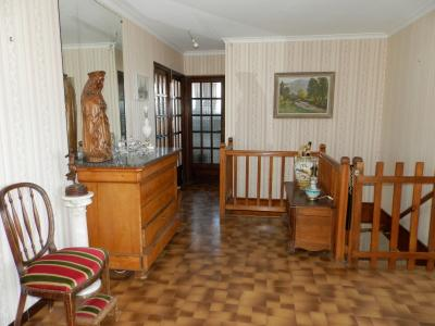 BLETTERANS (39), à vendre maison familiale 215 m², sur terrain 1284 m²., DEGAGEMENT 13 m²