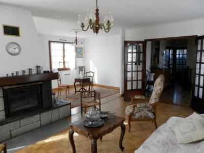 BLETTERANS (39), à vendre maison familiale 215 m², sur terrain 1284 m²., PIECE DE VIE 45 m²