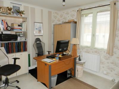 Secteur BRAINANS (39), à vendre maison 127 m² idéale passionnés équidés, terrain avec vue 14691 m²., Chambre ou bureau 10.80 m²