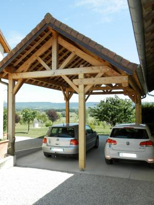 Secteur BRAINANS (39), à vendre maison 127 m² idéale passionnés équidés, terrain avec vue 14691 m²., CARPORT pour 3 véhicules