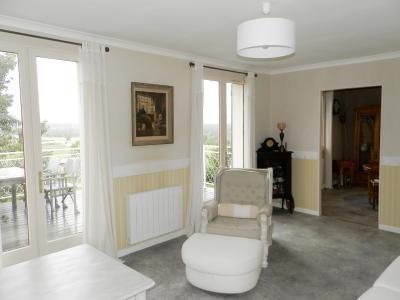 Secteur BRAINANS (39), à vendre maison 127 m² idéale passionnés équidés, terrain avec vue 14691 m²., SEJOUR 19.50 m²