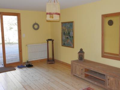 Secteur DOUCIER (39130), à vendre maison-chalet 170 m², six chambres, terrain 2260 m²., ENTREE
