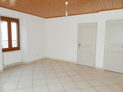 LONS LE SAUNIER nord (39), à vendre maison de village en pierre 152 m², terrain 297 m²., SALON 16 m²