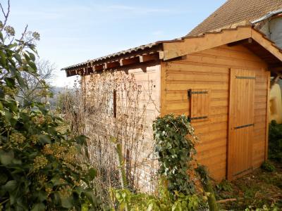 LONS LE SAUNIER nord (39), à vendre maison de village en pierre 152 m², terrain 297 m²., ABRI JARDIN 10 m²