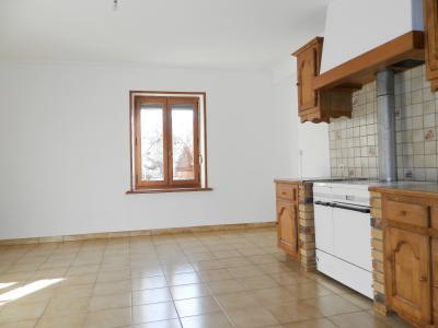 LONS LE SAUNIER nord (39), à vendre maison de village en pierre 152 m², terrain 297 m²., CUISINE AMENAGEE 23.50 m²