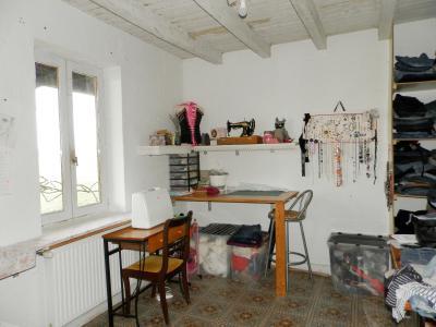 SAINT GERMAIN DU BOIS (71), à vendre ferme rénovée 111 m², terrain 4781 m², sans voisinage., CHAMBRE 11 m²
