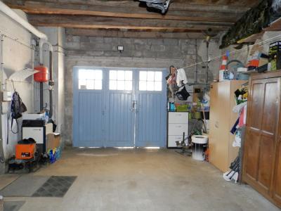 Proche BLETTERANS (39), à vendre maison de village 116 m², trois chambres, terrain 297 m²., GARAGE 44.50 m²