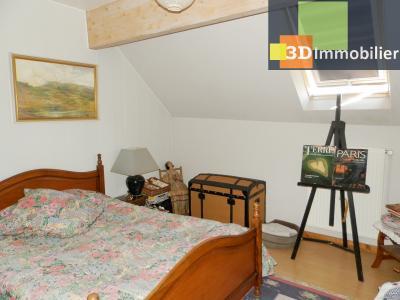 CHAUMERGY (39), vends ferme rénovée 158 m² + gite attenant 120 m², terrain 2659 m²., CHAMBRE