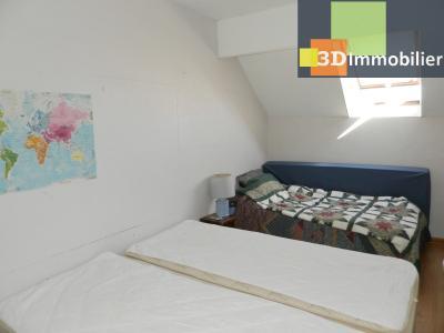 CHAUMERGY (39), vends ferme rénovée 158 m² + gite attenant 120 m², terrain 2659 m²., CHAMBRE GITE