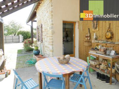 CHAUMERGY (39), vends ferme rénovée 158 m² + gite attenant 120 m², terrain 2659 m²., VUE TERRASSE (EST)