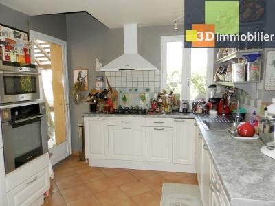 CHAUMERGY (39), vends ferme rénovée 158 m² + gite attenant 120 m², terrain 2659 m²., CUISINE EQUIPEE 16 m²