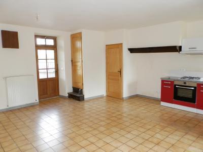 BLETTERANS (39140), maison en pierre, plain-pied 87 m², deux chambres, terrain 790 m²., PIECE DE VIE 30 m²