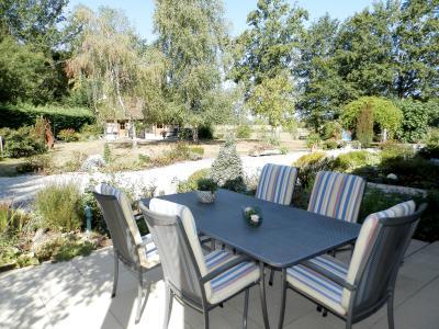 SAINT GERMAIN DU BOIS (71), maison 135 m², dépendances, piscine, calme, sur terrain 13 637 m²., TERRASSE OUEST