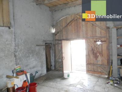 LONS LE SAUNIER nord (39), à vendre maison en pierre à rénover 79 m², dépendances, terrain 586 m², GRANGE 25 m²