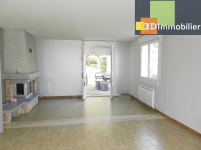 LONS-LE-SAUNIER (39), A VENDRE maison familiale 190 m², 5 chambres + bureau, garage, terrain 986 m²., SALON SEJOUR 39.50 m²