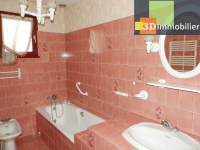 BLETTERANS (39140), maison 135 m², quatre chambres, garage, terrain environ 1000 m², SALLE DE BAINS 5.20 m²