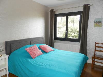 LONS LE SAUNIER (39) à 15 minutes, à vendre maison rénovée 300 m², 3 logements, terrain 13292 m²., CHAMBRE 14 m²