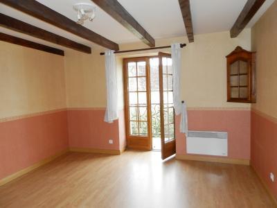 BELLEVESVRE (71), à vendre maison de village en pierre 147 m², terrain clos 285 m²., CHAMBRE 16 m² avec balcon