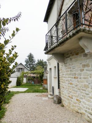 BELLEVESVRE (71), à vendre maison de village en pierre 147 m², terrain clos 285 m²., VUE TERRAIN
