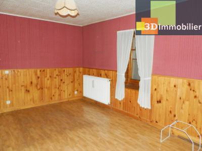 LONS-LE-SAUNIER (39), maison en pierre 127 m² sur terrain 823 m²., CHAMBRE 21 m²