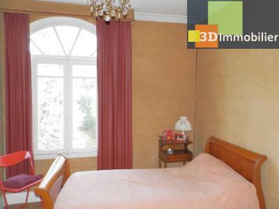 VENTE : LONS-LE-SAUNIER (JURA), A VENDRE maison de caractère 110 m², terrain 688 m², BUREAU 8 m²