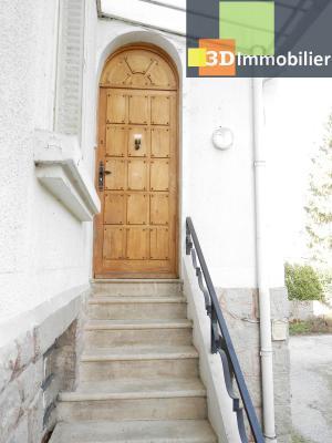 VENTE : LONS-LE-SAUNIER (JURA), A VENDRE maison de caractère 110 m², terrain 688 m², ENTREE ABRITEE