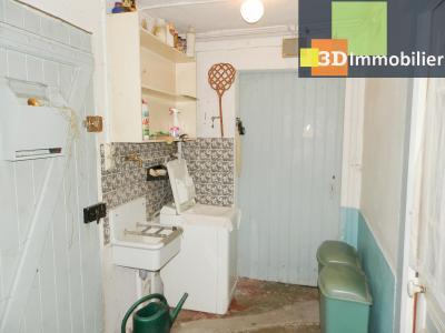 VENTE : LONS-LE-SAUNIER (JURA), A VENDRE maison de caractère 110 m², terrain 688 m², BUANDERIE 5.70 m²