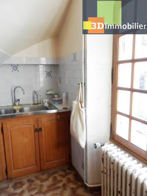 VENTE : LONS-LE-SAUNIER (JURA), A VENDRE maison de caractère 110 m², terrain 688 m², CUISINE AMENAGEE 9.50 m²