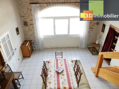 LONS-LE-SAUNIER (39 JURA), A VENDRE MAISON 125 M², DÉPENDANCES, GARAGE, TERRAIN 2151 M²., SEJOUR 28 m²