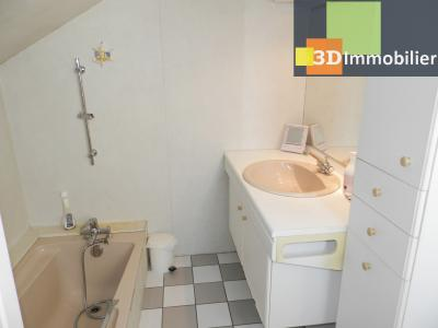 LONS-LE-SAUNIER (39 JURA), A VENDRE MAISON 125 M², DÉPENDANCES, GARAGE, TERRAIN 2151 M²., SALLE DE BAINS 5.50 m²